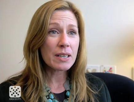 Vídeo: Entrevista à Reuters de Lisa Stone, CEO da BlogHer